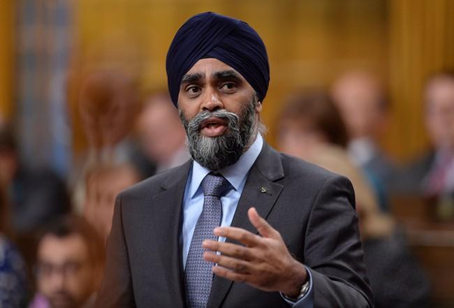 Ingérence russe: Ottawa met en garde les électeurs
