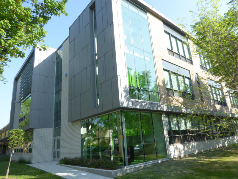 La plus grosse école de la CSDM inaugurée dans Saint-Michel