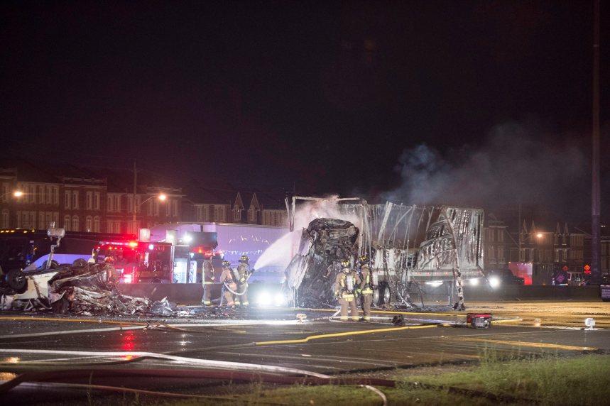Carambolage à Toronto: au moins 4 morts