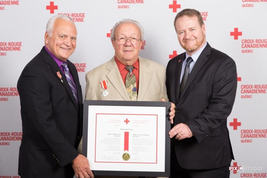 Un LaSallois reçoit la plus haute distinction de la Croix-Rouge au Canada