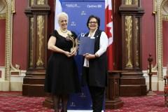 Julie Roberge reçoit le Prix Paul-Gérin-Lajoie