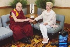 Cette photo de Lady Gaga choque la Chine
