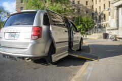 Transport adapté: la «rémunération non-concurrentielle» des chauffeurs dénoncée
