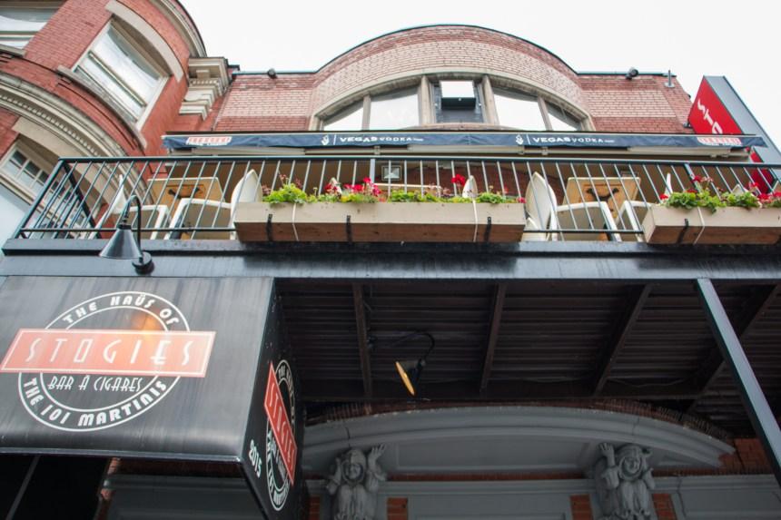 Un salon de cigare veut qu'on puisse fumer sur sa terrasse