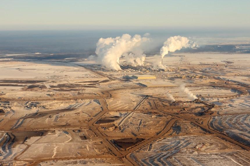 L'Alberta réduit sa production de pétrole