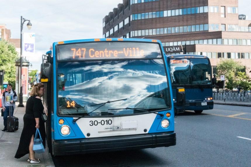 La STM réfute les allégations de réduction du service de bus