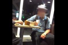 Un adolescent montréalais qui agresse des itinérants a été arrêté