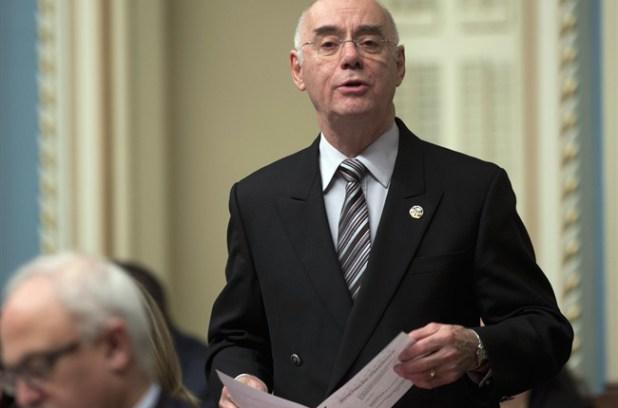L'ex-ministre Daoust contre la vente de RONA