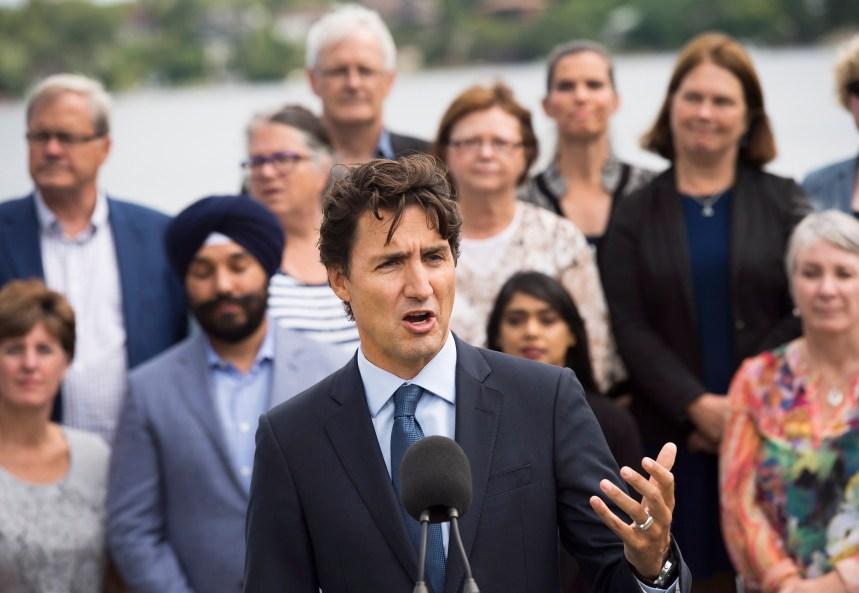 Dépenses des ministres: le NPD presse Trudeau