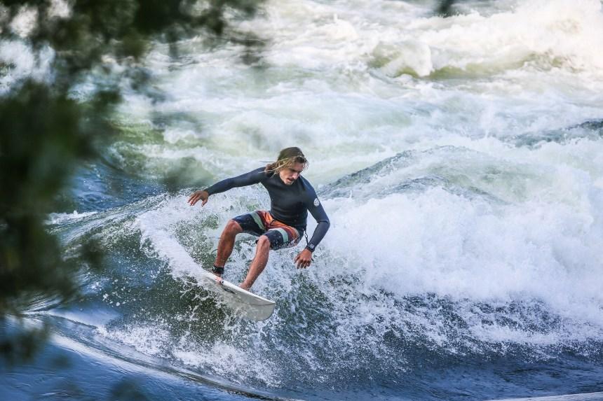 Du surf sur le fleuve grâce au pont Champlain?