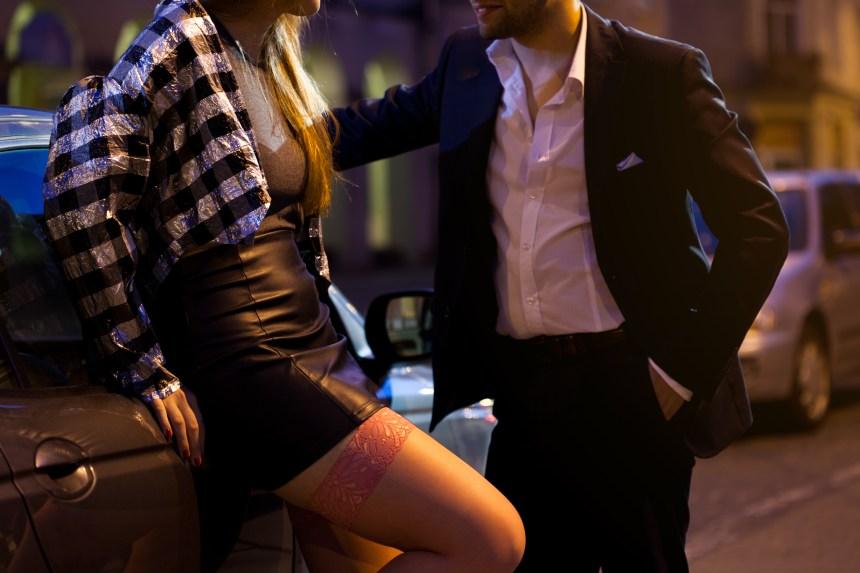 La prostitution peut être un choix, admet la Fédération des femmes du Québec