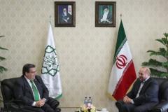 Denis Coderre défend son voyage en Iran