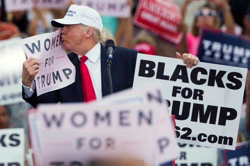 Plusieurs femmes confient avoir été agressées sexuellement par Donald Trump