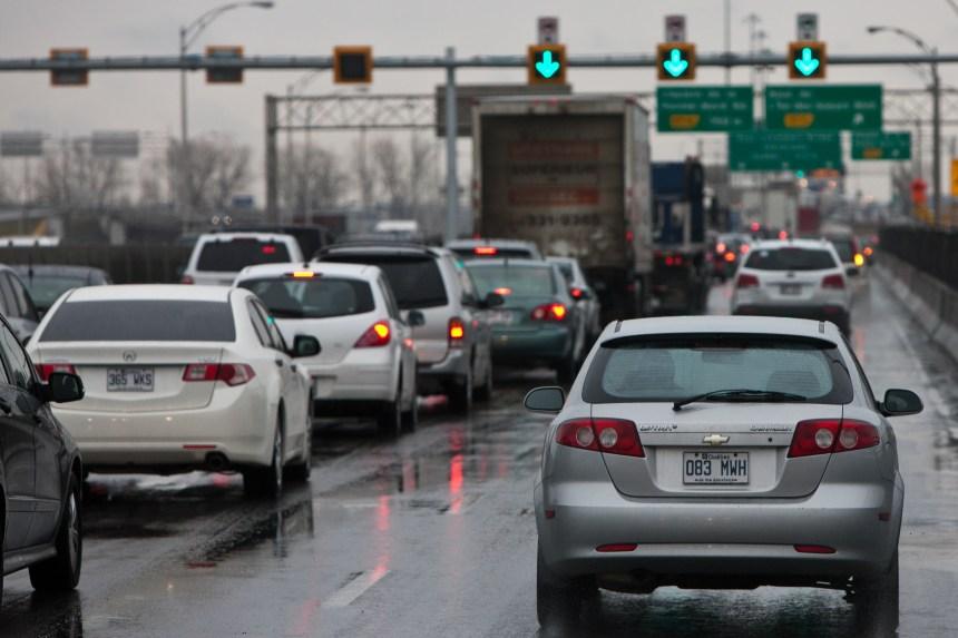 Montréal en quête de solutions pour réduire l'usage de la voiture