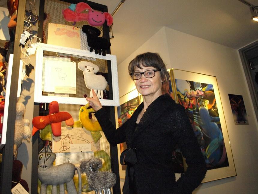 Une artiste du Québec poursuit IKEA et l'UNICEF