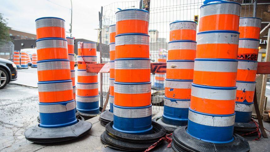 Les cônes orangeseront dans le décor encore longtemps