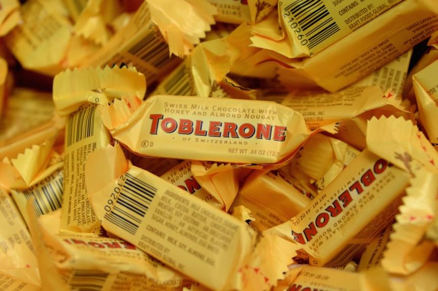 Toblerone change sa palette de chocolat et crée une controverse