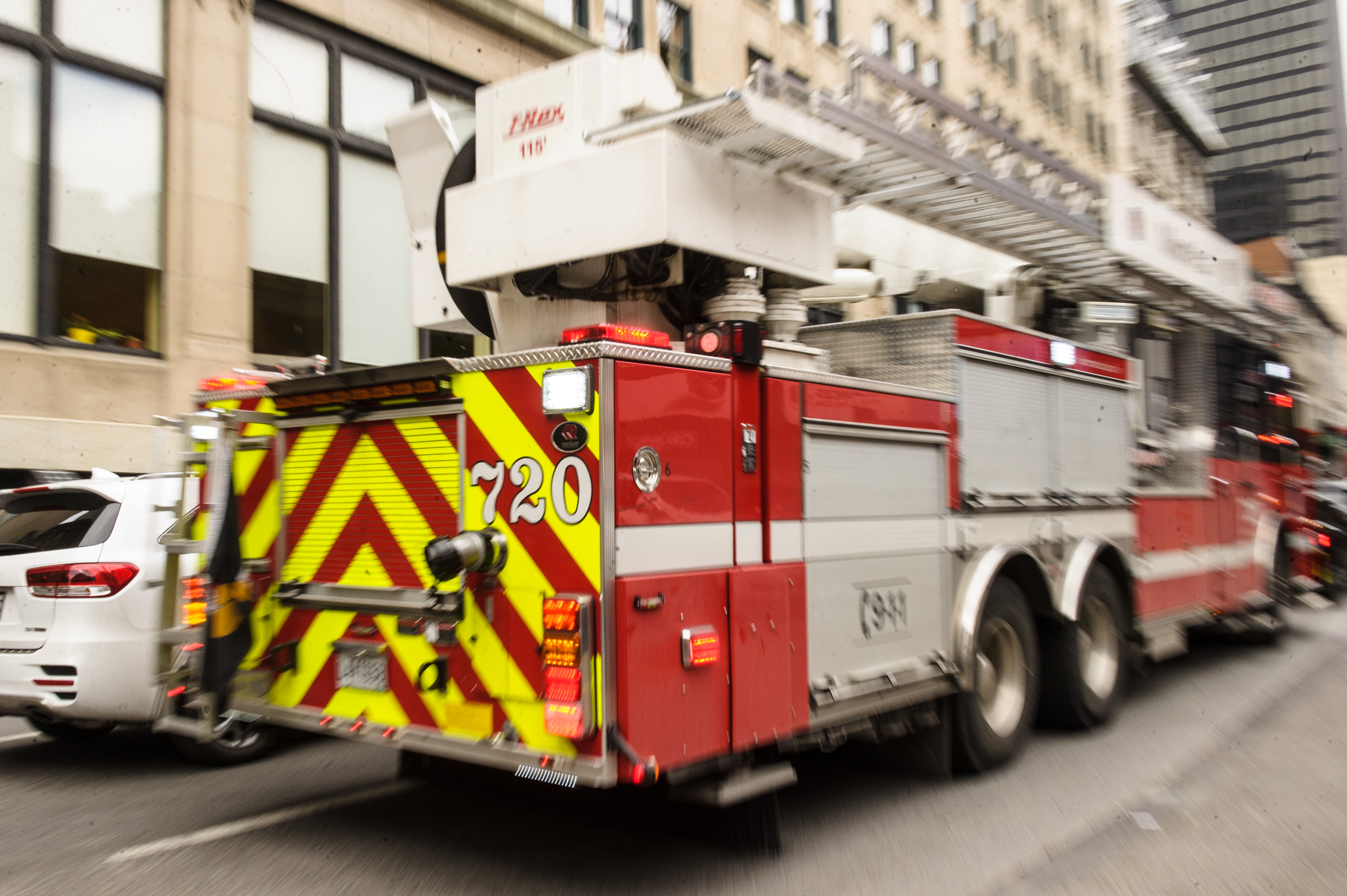 buy online 2db79 f1b20 pompier-4170.jpg