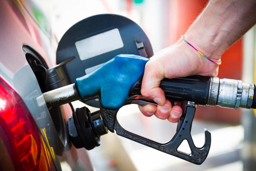 Le prix de l'essence devrait fluctuer ce week-end