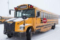 Les autobus scolaires et les pneus d'hiver: une obligation