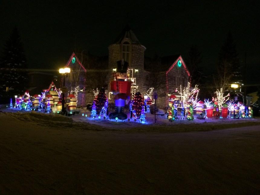 Partager la lumière de Noël en taille XXL