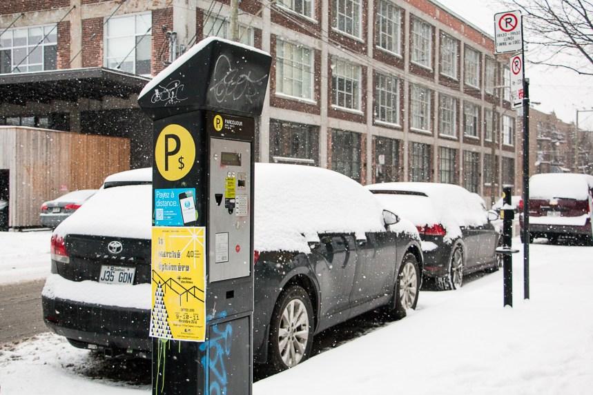 Bisbille autour de la gestion du stationnement sur les rues locales à Montréal