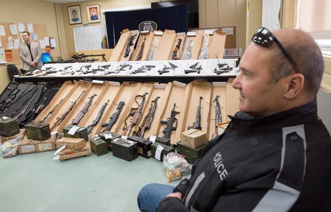 La police procède à une importante saisie d'armes