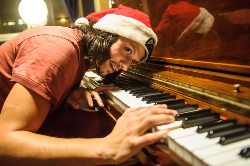 Poulet Neige: De la musique pas de Noël pour Noël