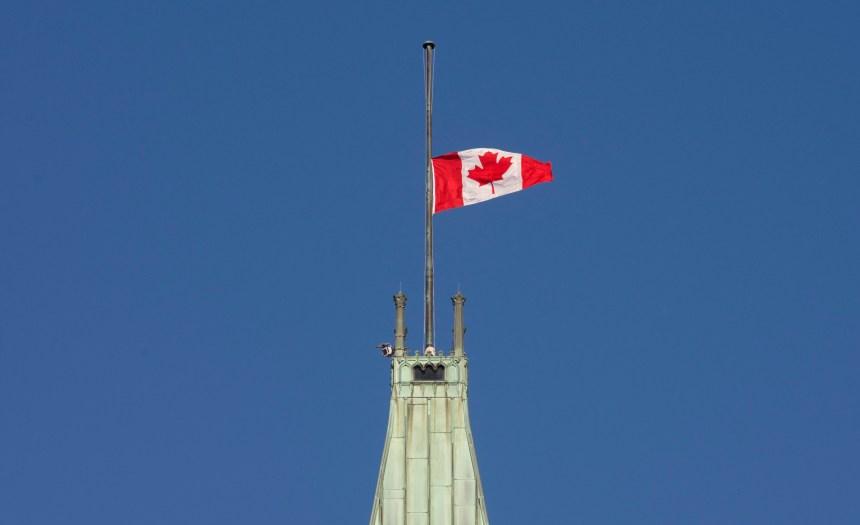 Sentiments partagés des Québécois sur leur langue officielle et sur le Canada