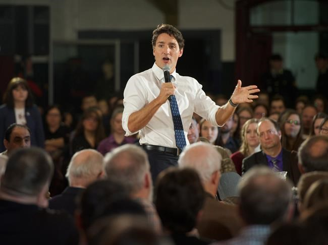 Plaintes contre l'unilinguisme de Justin Trudeau