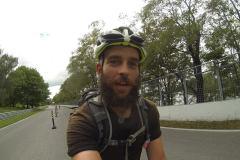4600 km en monocycle