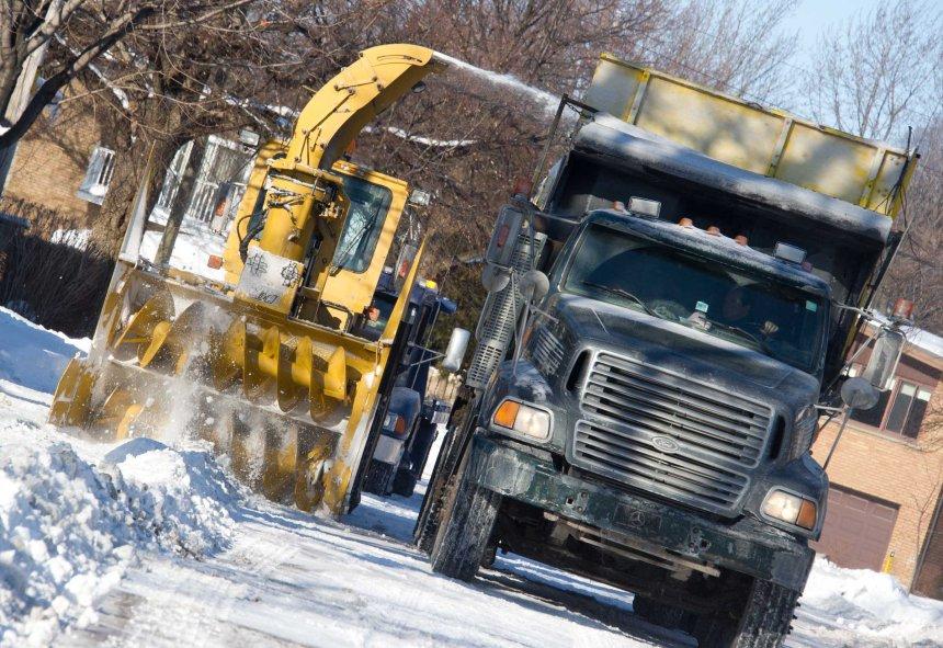 Le chargement partiel de la neige complété à 80% à Montréal