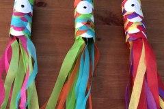 Bricolage pour la relâche: un poisson coloré à partir d'un rouleau de papier de toilette