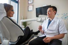 Un dentiste de Brossard ouvre sa clinique aux plus démunis