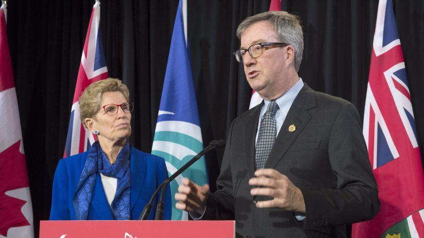 Le maire d'Ottawa annonce son homosexualité