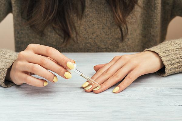 Vernis à ongles au goût de prosecco: la bizarrerie cosmétique proposée par Groupon