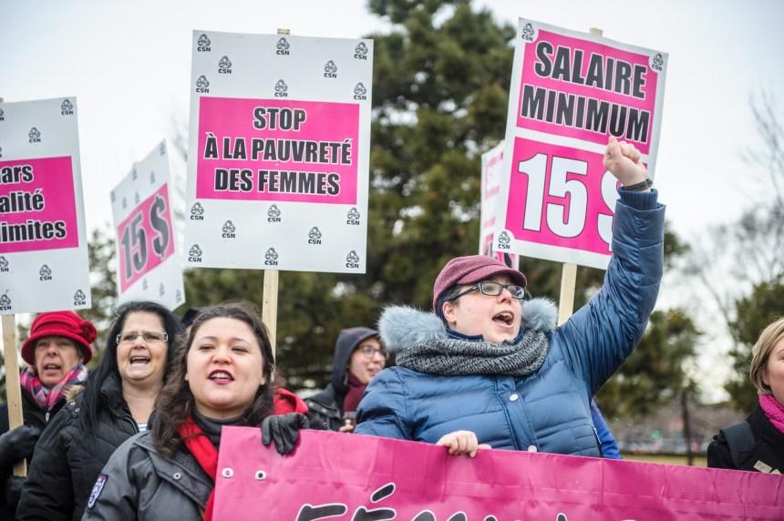 Un salaire minimum à 15$/h serait rentable pour le gouvernement, selon une étude