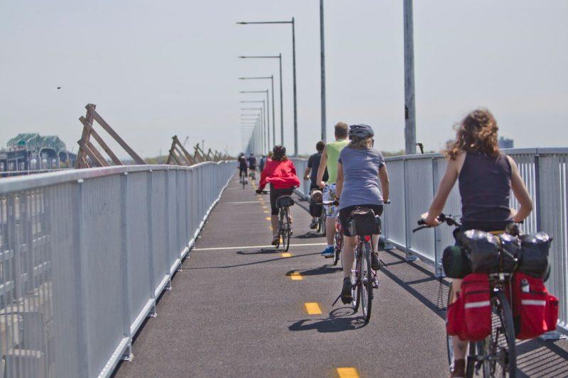 Ouverture de l'estacade du pont Champlain le 1er avril