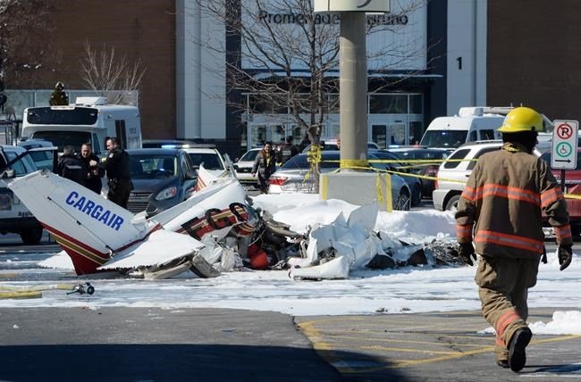 Une collision aérienne fait un mort et un blessé
