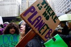 Des milliers d'étudiants montréalais en grève pour le climat