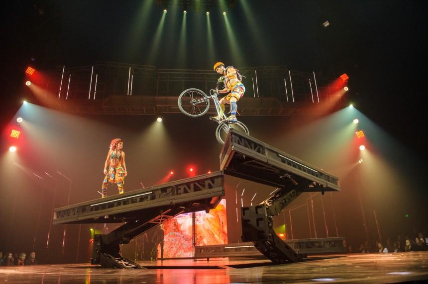 Un acrobate du Cirque du Soleil chute mortellement