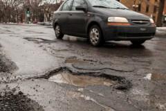 Plus de dommages causés par des nids-de-poule devraient être compensés, selon Ensemble Montréal