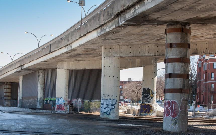 Un nouveau hangar sous le viaduc Rockland