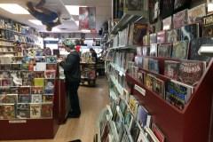Statu quo pour la librairie indépendante Cosmix à Saint-Laurent