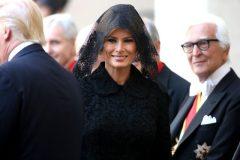 Pourquoi Melania Trump portait un voile pour rencontrer le pape?