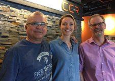 Gilles Bordeleau, Marie-Pier Pageau et Robert Leclair, de l'Affinerie CCR.