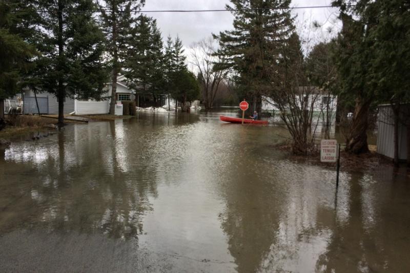 Inondations: 61 nouvelles municipalités admissibles à l'aide financière gouvernementale