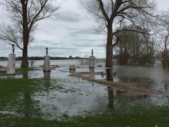 Légère inondation au parc du Bout de l'île, le 7 mai 2017.