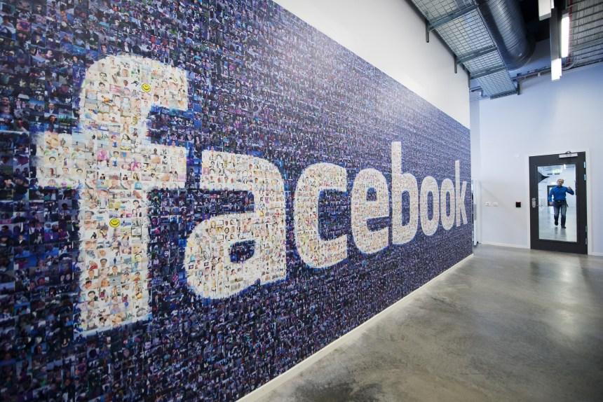 Vérification des faits: Facebook accusé de manquer de transparence
