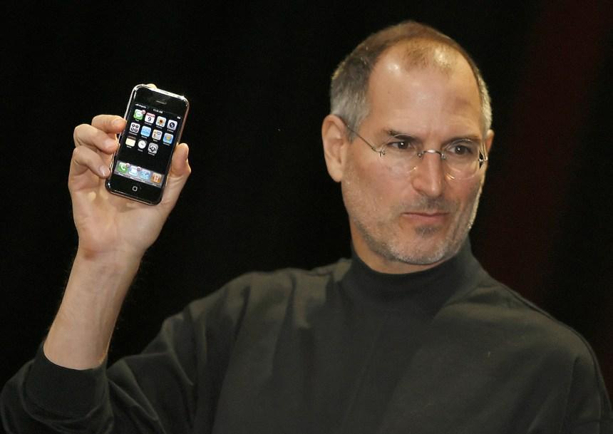 Il y a 10 ans sortait le premier iPhone, le début d'une révolution